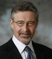 Barry Meyer Principal Ejecutivo de la Warner Bros. (Picture from http://www.timewarner.com)
