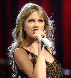 Taylor Swift (Picture by Eva Rinaldi from Sydney Australia)